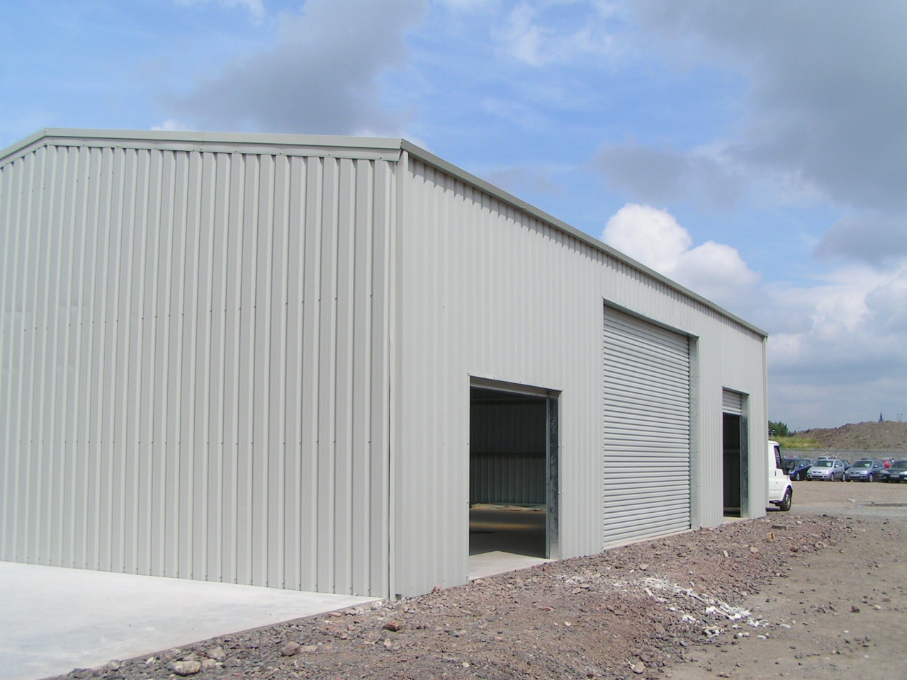Triple-Bay-Steel-Building-Side